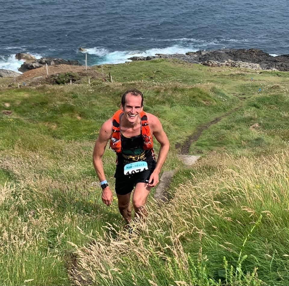 Running Man vs. Coast with the Harrier UK Curbar 5L running vest.